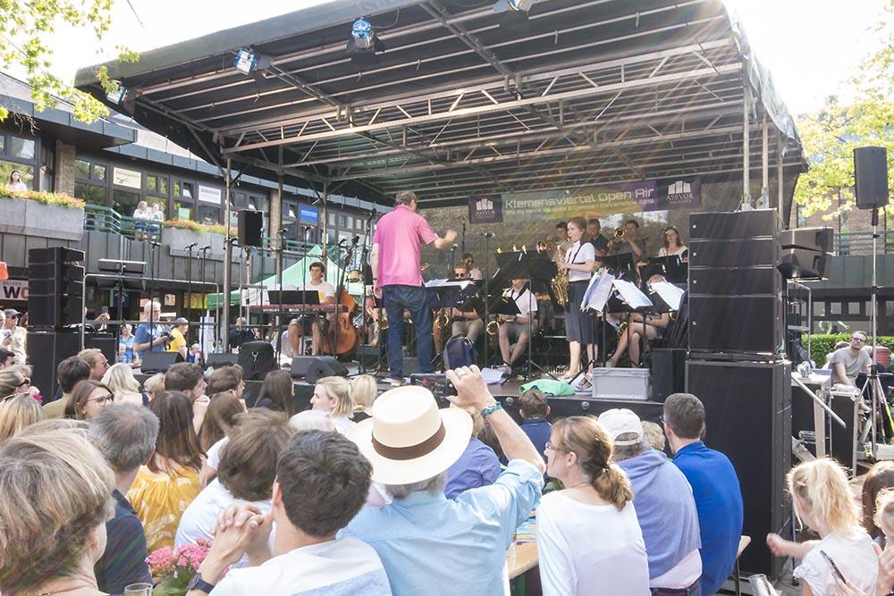 ASSVOR sponsert das TFG-Big Band Konzert im Klemensviertel in Kaiserswerth, Jazzkonzert in Kaiserswerth