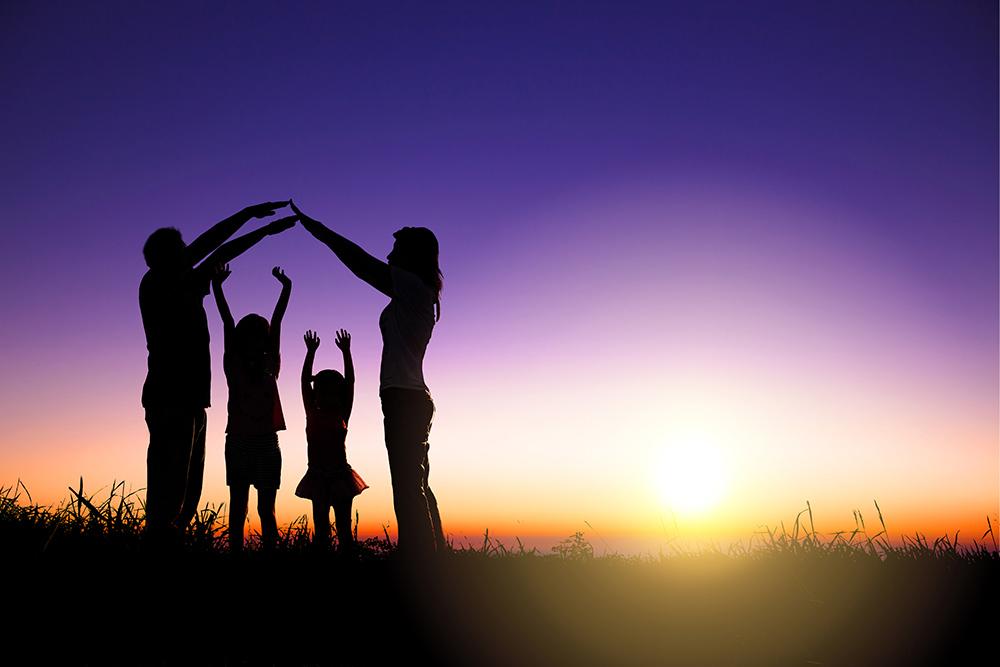 Ob das Baukindergeld wirklich etwas bringt? Vor der Einführung der Kaufförderung für junge Familien waren viele Kritiker skeptisch. Doch die neusten Zahlen sprechen für sich. Im Jahr 2018 wurden 248.500 Ein- und Zweifamilienhäuser gekauft. Das sind 2,1 Prozent mehr als im Vorjahr und damit ein neuer Rekord.